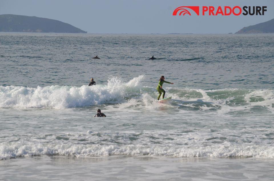 Surf en la playa de Montalvo
