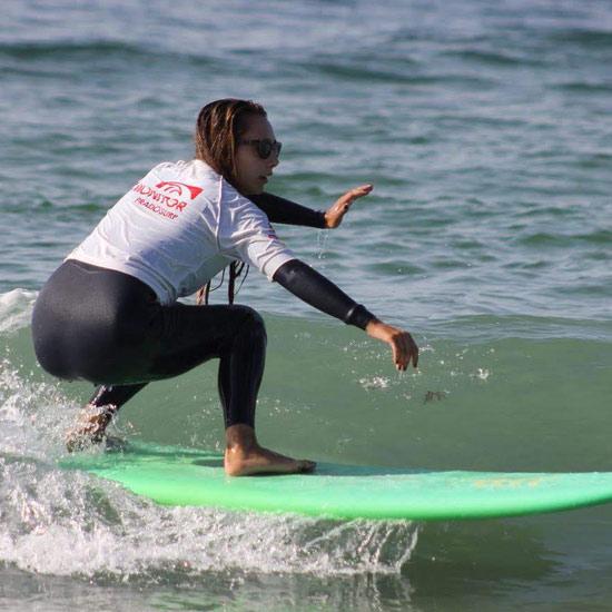 monitora surf eva perez